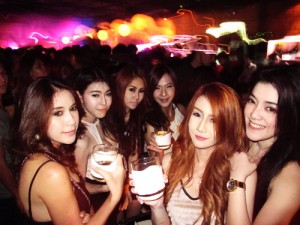 Finding a Thai Girlfriend in Bangkok Nightclubs