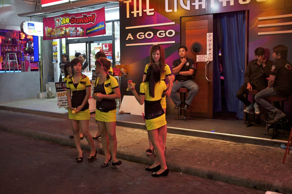 Finding Pattaya bar girls