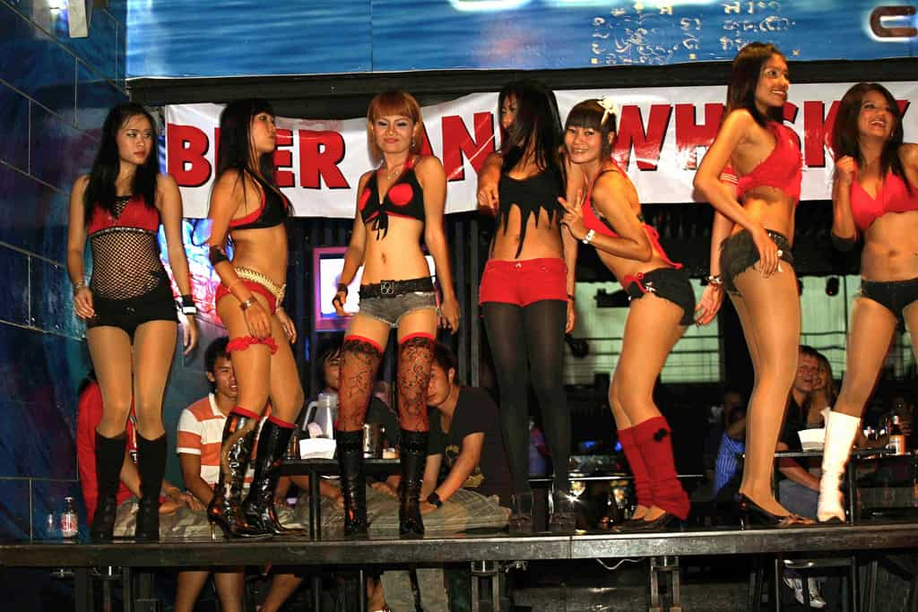 Bali nighlife girls in Bar