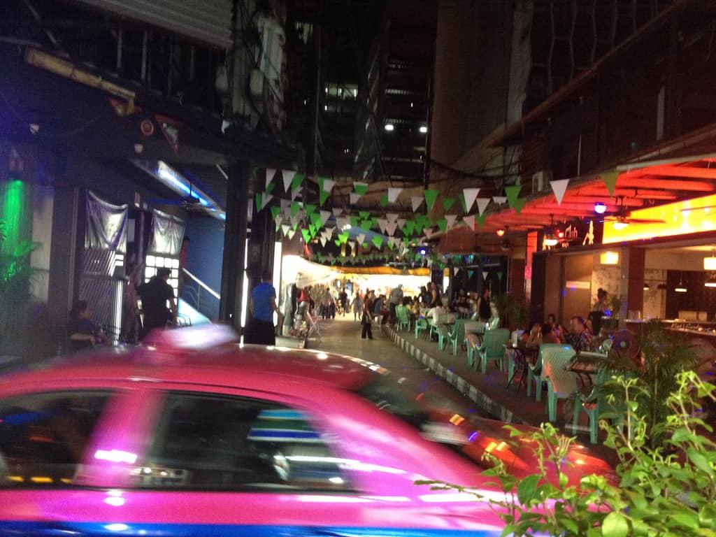 taxi in bangkok