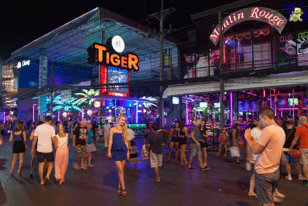 Phuket girls, Where to Meet Phuket Girls