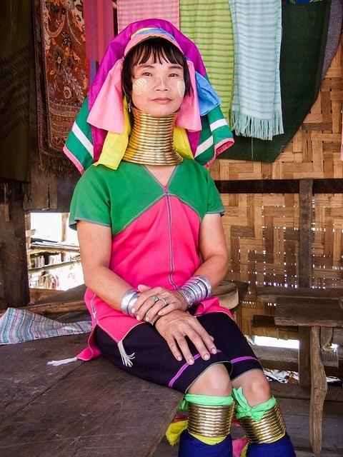 Burmese girls, 6 Spots To Meet Burmese Girls On Your Next Trip