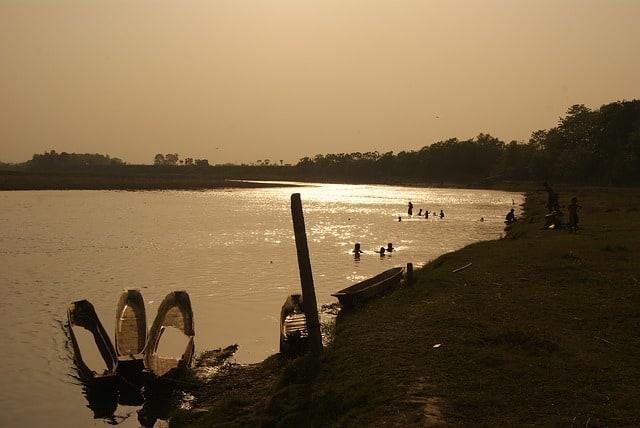 laos girls, 5 Places To Meet Laos Girls