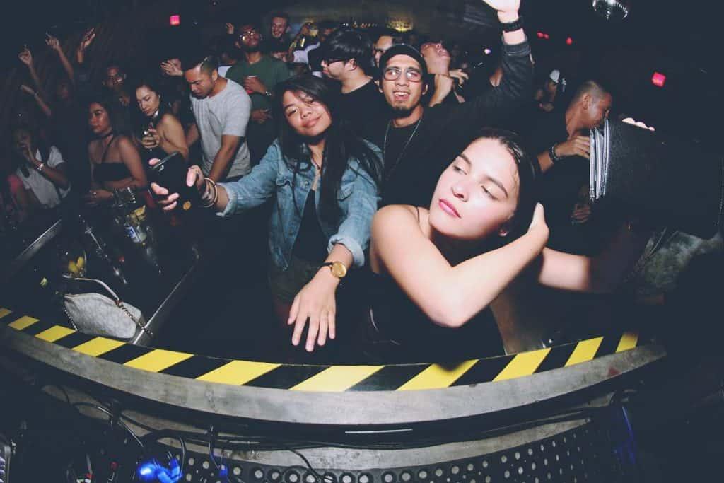 black market manila nightclub