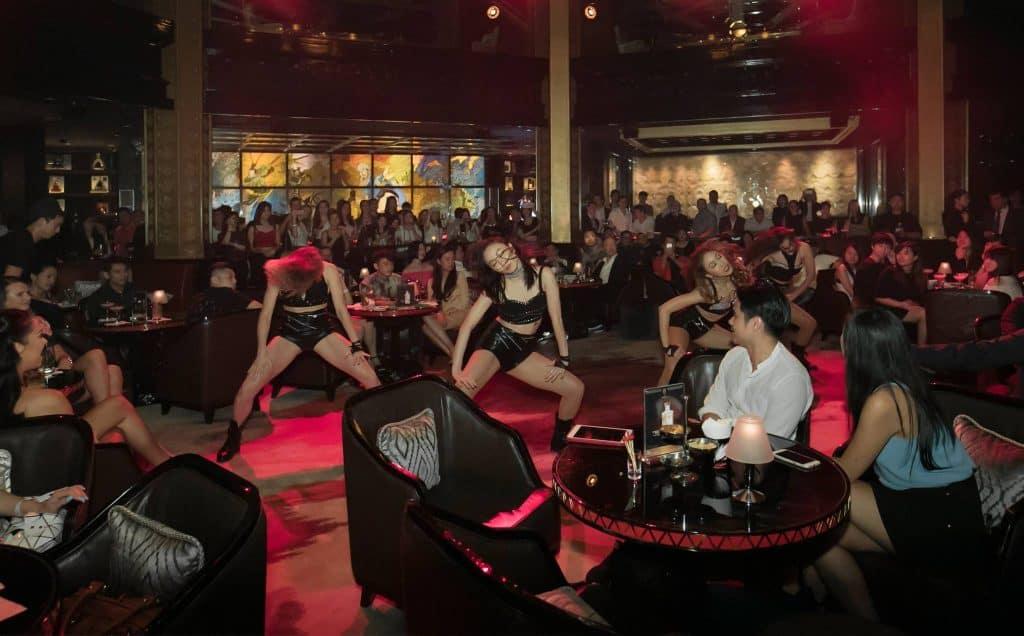 meetings girls in Macau