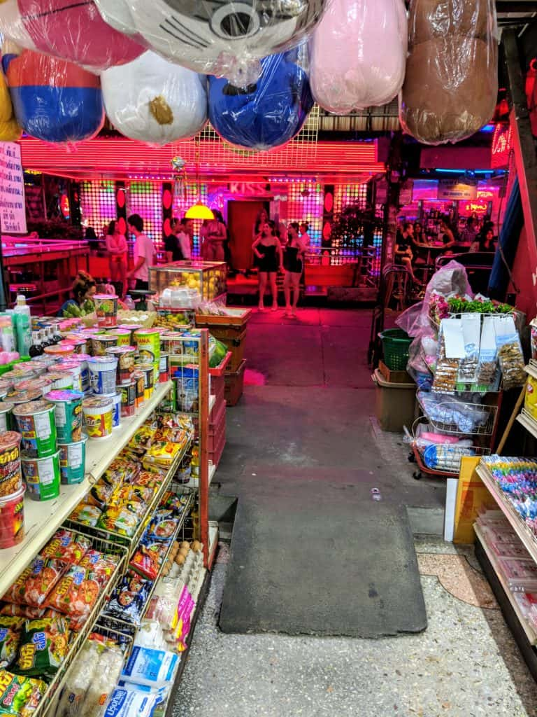 Thai bar girls, 5 ways to spot Thai Bar Girls