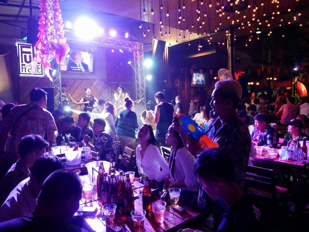 girls in Khon Kaen, 5 Places to Meet Thai Girls in Khon Kaen